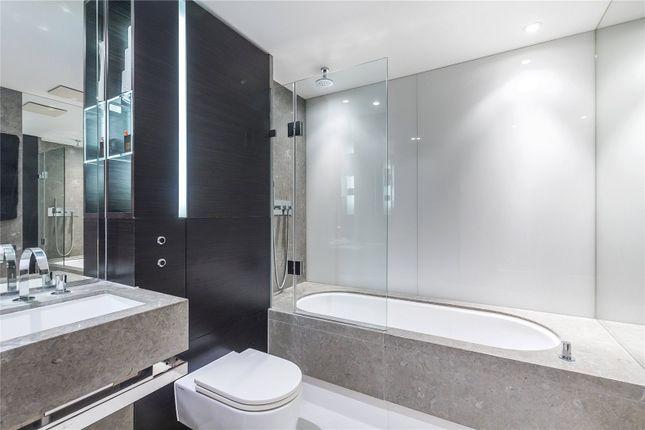 Bathroom 2 of Pan Peninsula Square, London E14