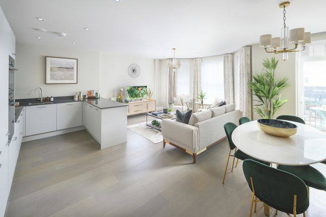 Thumbnail Flat for sale in London Road, Sevenoaks
