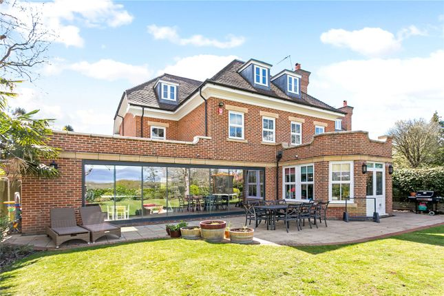 Thumbnail Detached house for sale in Glynswood Place, Northwood, Middlesex