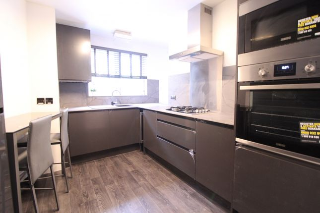 Flat to rent in Delta House, Nile Street, London