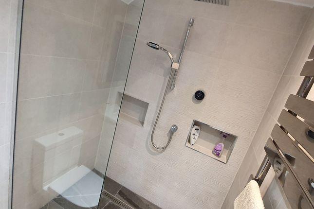 Walk-In Shower of Kilvey Terrace, St Thomas, Swansea SA1