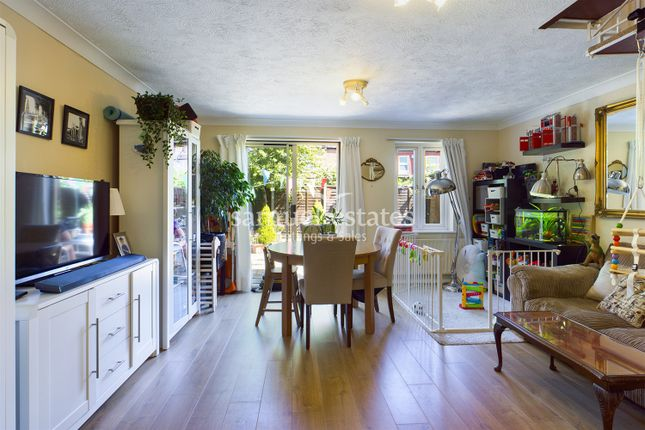 2 bed terraced house to rent in Regent Place, Wimbledon SW19