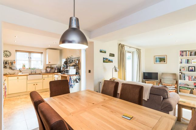 Thumbnail Semi-detached house for sale in The Causeway, Steventon, Abingdon