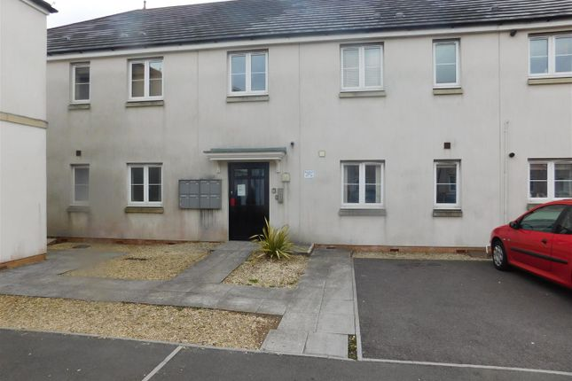 Thumbnail Flat to rent in Bryntirion, Llanelli