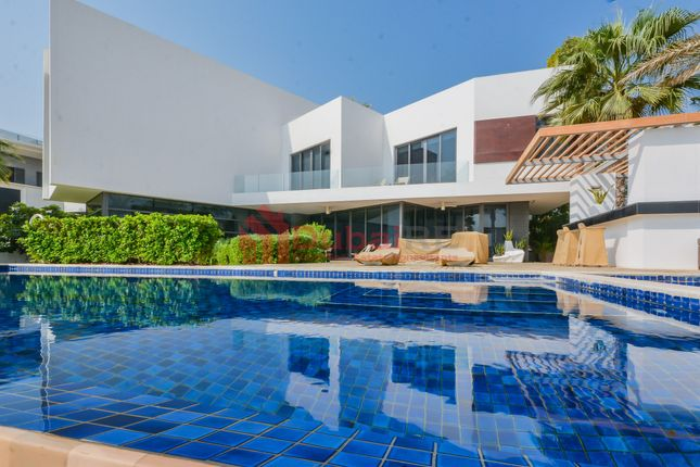 Thumbnail Villa for sale in Custom Built, Palm Jumeirah, Dubai, United Arab Emirates