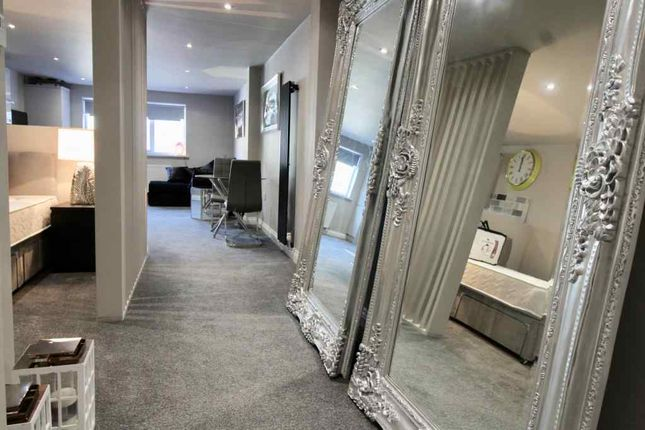 Thumbnail Flat to rent in Hall Street, Southport