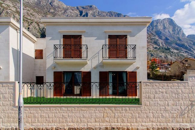 3 bed villa for sale in Kotor, Dobrota – Complex Of Villas On The First Sea Line, Dobrota, Kotor, Montenegro