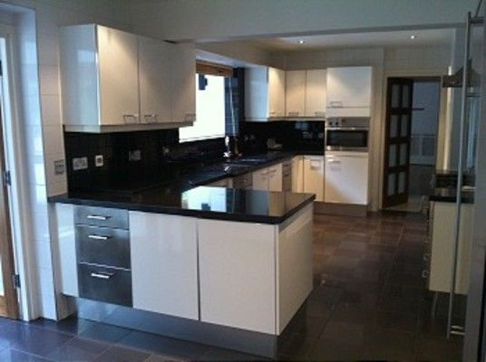 Thumbnail Detached house to rent in Beech Hill Avenue, Barnet