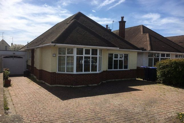 Thumbnail Bungalow to rent in Harvey Road, Goring-By-Sea, Worthing