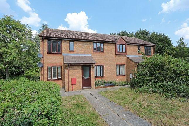 Thumbnail Maisonette to rent in Lowndes Grove, Shenley Church End, Milton Keynes