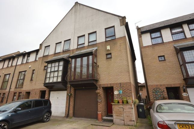 4 bed property for sale in Dolphin Close, North Thamesmead, London