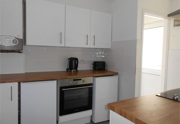 Shared accommodation to rent in Brunswick Street, Swansea