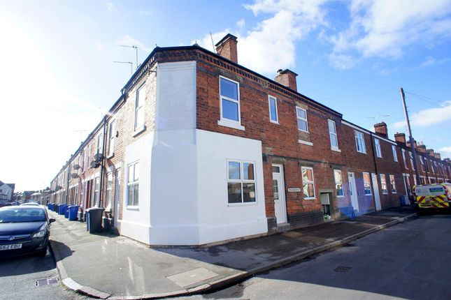 Thumbnail Flat to rent in Chambers Street, Alvaston, Derby