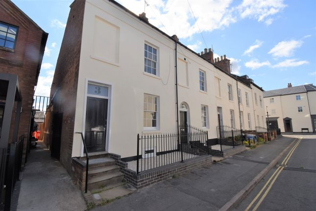 3 bed end terrace house to rent in Mill Street, Leamington Spa, Warwickshire CV31