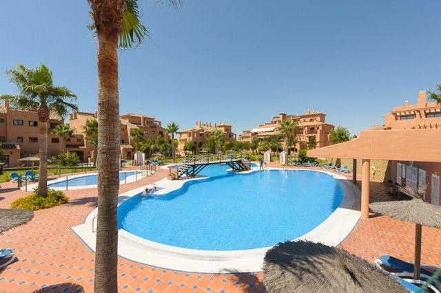 2 bed apartment for sale in Spain, Málaga, Estepona, New Golden Mile Playa