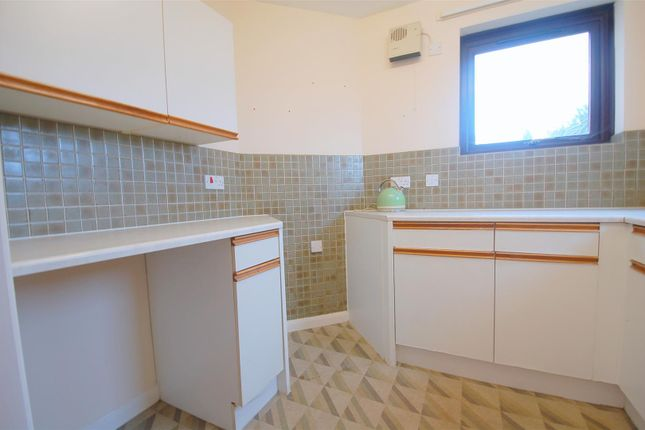 Fitted Kitchen of Valletort Road, Stoke, Plymouth PL1