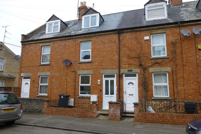 Thumbnail Town house to rent in Prospect Place, Cirencester