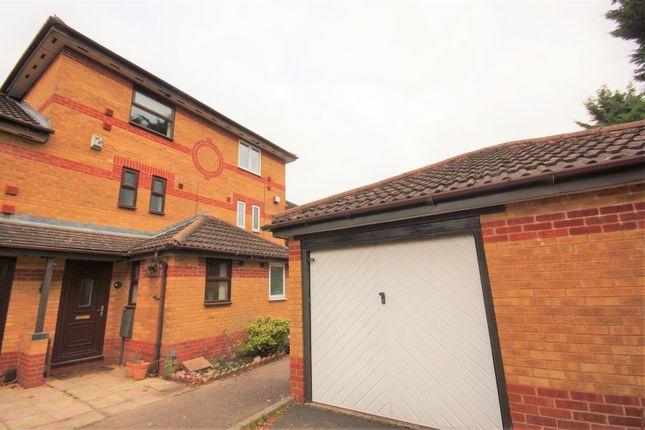 3 bed property to rent in Cofton Court, Rednal, Birmingham B45