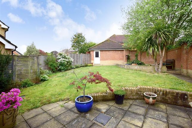 Thumbnail Detached house for sale in Dunnock Road, Kennington, Ashford, Kent