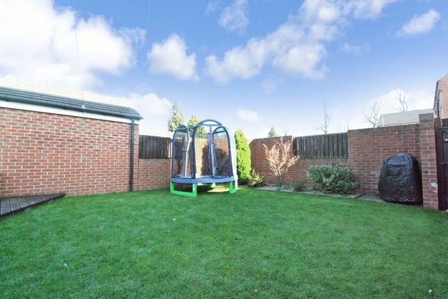 Photo 15 of Bailey Close, Pontefract WF8