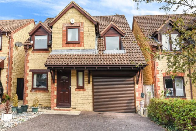 Thumbnail Detached house for sale in Stoutsfield Close, Yarnton, Oxford, Oxfordshire