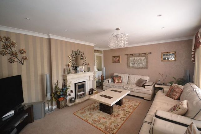 Thumbnail Detached house for sale in Fenbrook Close, Hambrook, Bristol