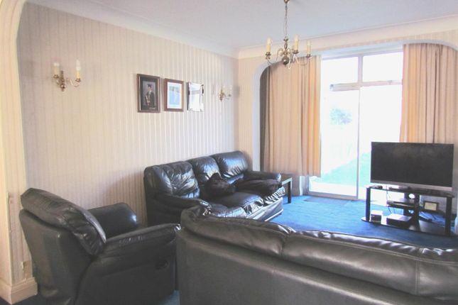 Lounge 2 of Hatley Avenue, Barkingside, Ilford IG6