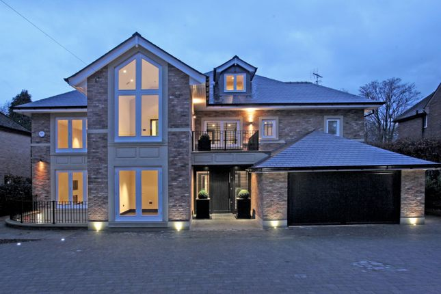 Thumbnail Detached house for sale in Barry Rise, Bowdon, Altrincham