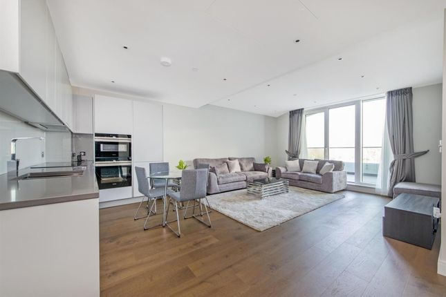 Thumbnail Flat To Rent In Altissima House Chelsea Bridge Wharf London