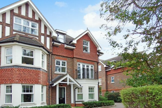 Thumbnail Flat for sale in Pembroke Road, Woking