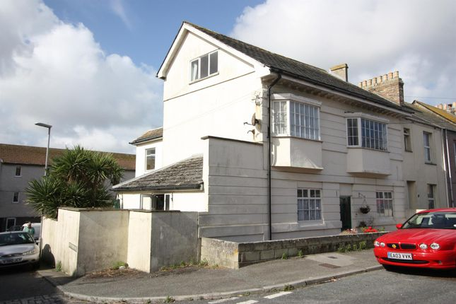 Thumbnail Property for sale in Lanhenvor Avenue, Newquay