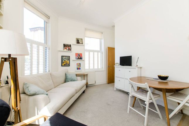 Thumbnail Flat to rent in Boutflower Road, Clapham Junction