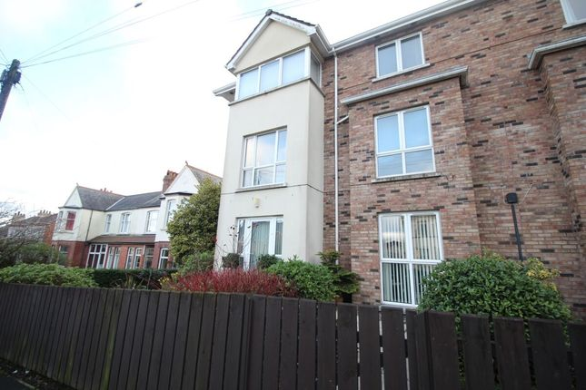 Thumbnail Flat for sale in Bryansburn Road, Bangor
