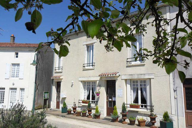 Thumbnail Town house for sale in 79240, Parthenay, Deux-Sèvres, Poitou-Charentes, France