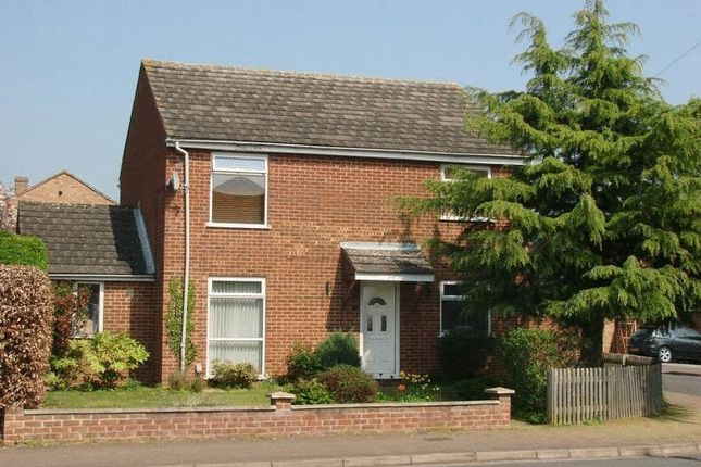 4 bed detached house for sale in Fair Close, Bicester