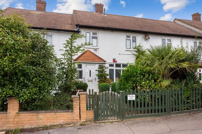 Thumbnail Terraced house to rent in Verderers Road, Chigwell