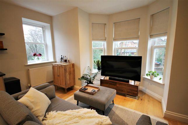 Lounge of Brentwood Court, Sandwich Road, Ellesmere Park M30