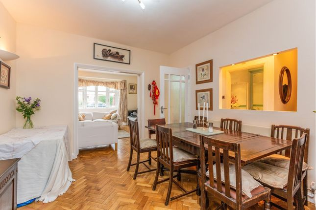 Dining Room of Riverside Road, Stamford Hill N15