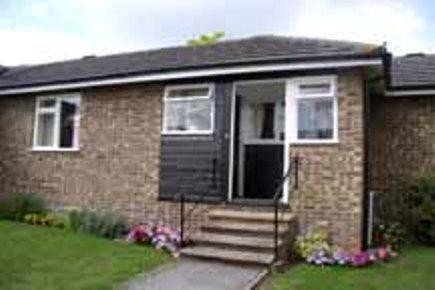 Thumbnail Bungalow to rent in Barnes Close, Sturminster Newton, Dorset
