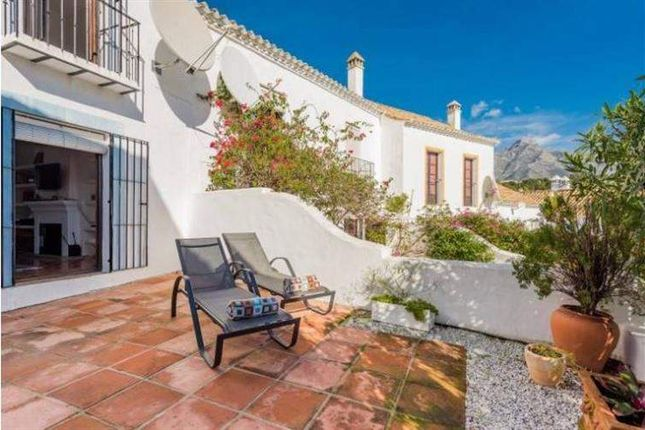 2 bed town house for sale in Nueva Andalucía, 29660 Marbella, Málaga, Spain