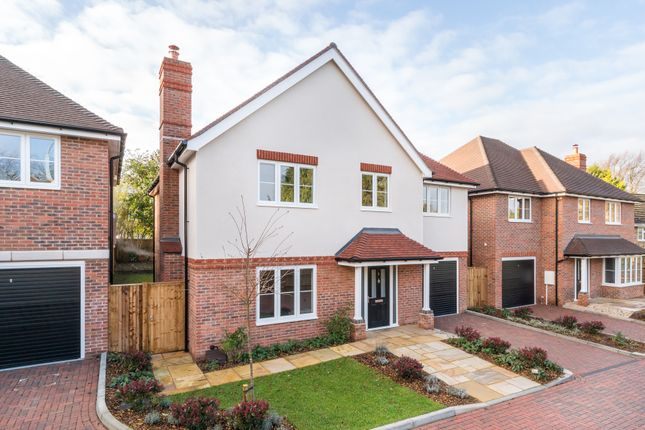 Thumbnail Detached house for sale in Cumnor Rise, Kenley