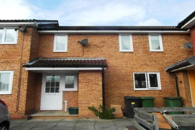 2 bed terraced house for sale in Chantry Mews, Basingstoke, Hampshire