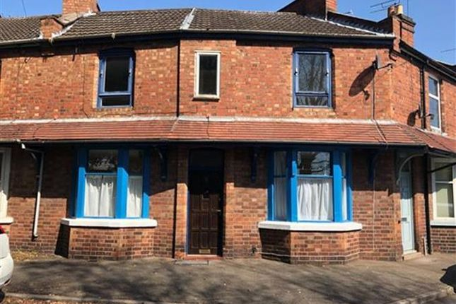 Thumbnail Terraced house to rent in Clapham Terrace, Leamington Spa
