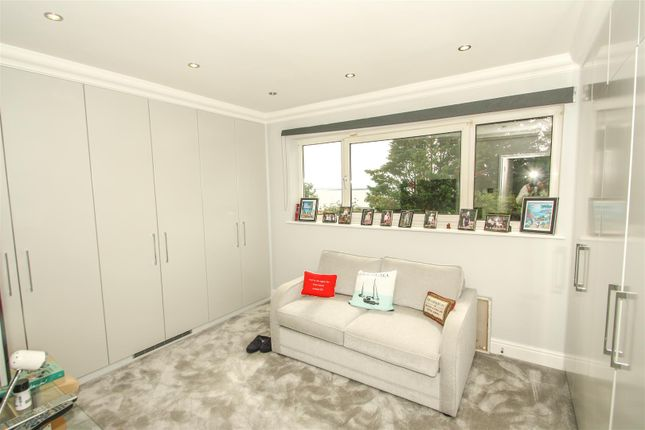 Bedroom 3 of Grand Parade, Leigh-On-Sea SS9