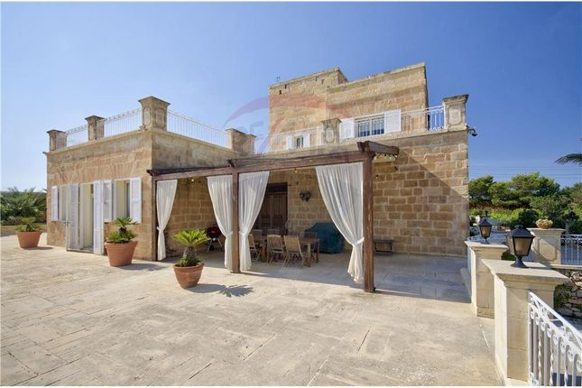 Thumbnail Villa for sale in Mgarr, Malta