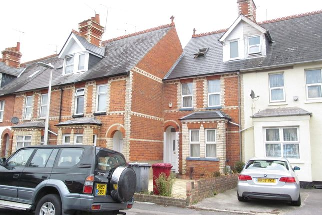 Thumbnail Terraced house to rent in St Peters Road, Reading