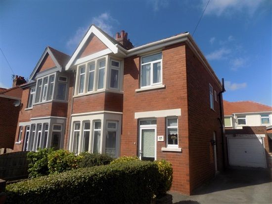 Thumbnail Property to rent in Ravenwood Avenue, Blackpool