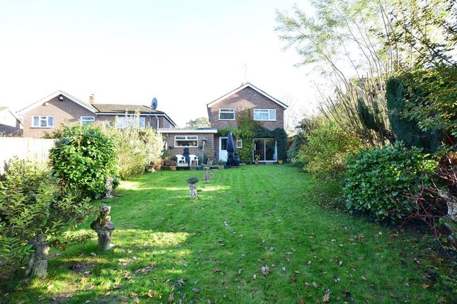 3 bed detached house for sale in Abbotsleigh, Southwater, Horsham, West Sussex