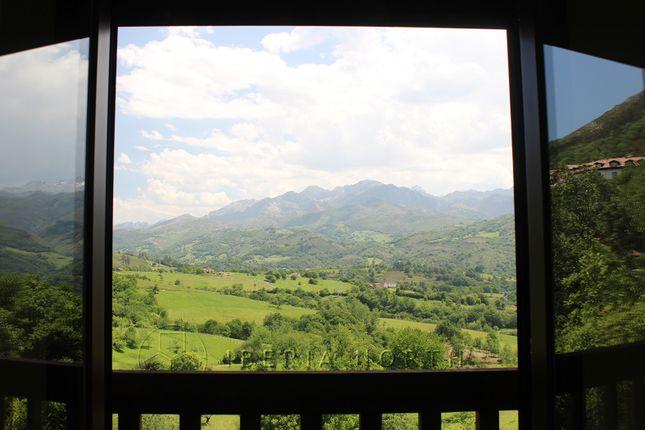 Mountain Views of Beceña, Cangas De Onís, Asturias, Spain