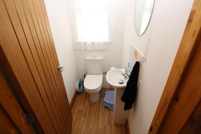 Cloakroom of Belmont Road, Tiverton EX16